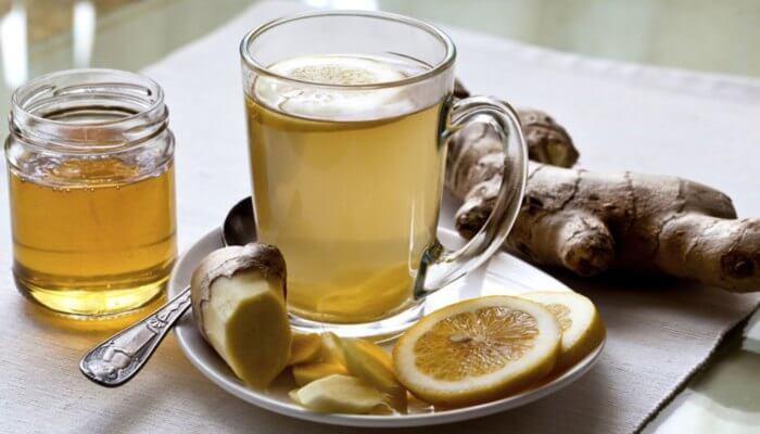 Infusión (té) de jengibre y limón para dormir por la noche