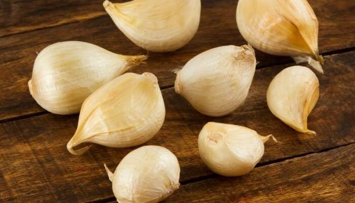 contraindicaciones de comer un diente de ajo en ayunas